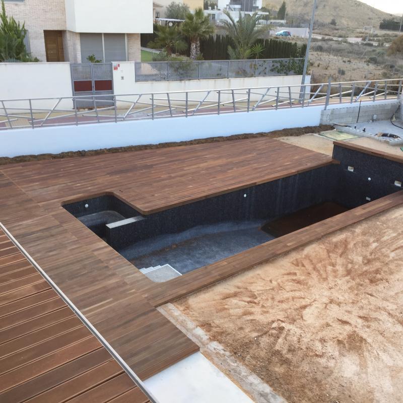 detalle-piscina-de-madera